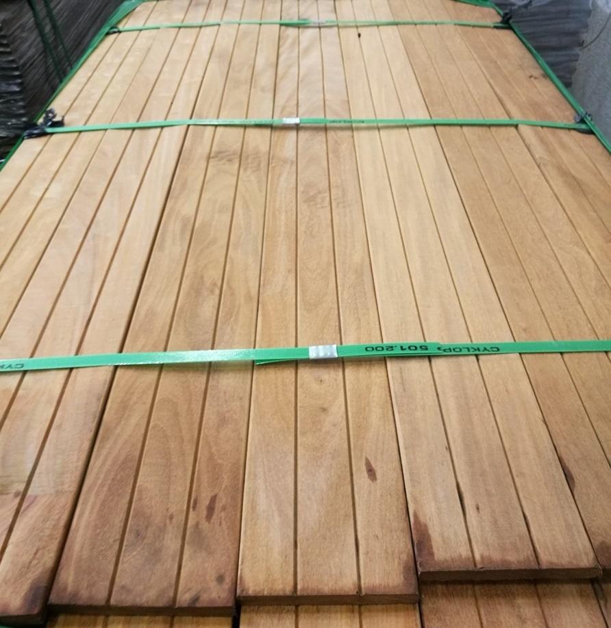 Tatajuba terasové plotové prvky 15x140